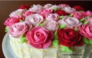 Confeitaria - como fazer rosas, drapeados e laços para bolos