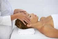 Massoterapia - massagem realizada com as mãos