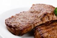 O Ferro pode ser encontrado nas carnes, no feijão e na lentilha