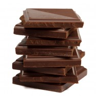 Para produzir chocolate, seja em larga escala ou para consumo individual, o primeiro passo é saber quais são os ingredientes necessários