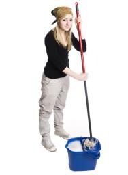 A empregada doméstica deve trabalhar aos sábados?
