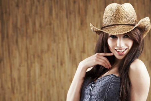 Chapéus para mulheres - cuidados especiais de limpeza e conservação ... bc27320b9d6