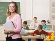 Professor, tente persuadir seus alunos, mostrando que você está ensinando uma forma de ajudá-los a aprender mais e entender melhor
