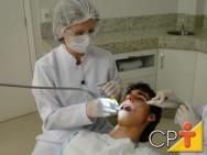 O auxiliar de consultório dentário não pode exercer suas atividades de forma autônoma.