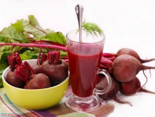 Com sabor levemente adocicado e textura suave, a Beterraba é apreciada cozida ou crua em saladas, mas também pode ser usada como ingrediente em purês, musses, sopas, tortas, vitaminas e sucos