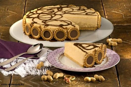 Doces Receitas - Torta de Biscoito