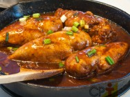 Culinária - receita de Frango Caipira ao Molho Pardo