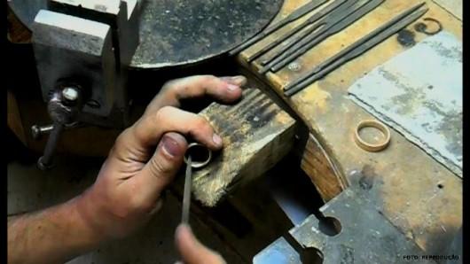 Fabricação e Reparo de Joias - limar e lixar