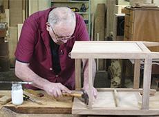 Curso Como Montar e Operar uma Pequena Fábrica de Móveis
