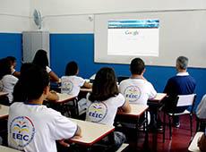 Curso Mídias na Educação