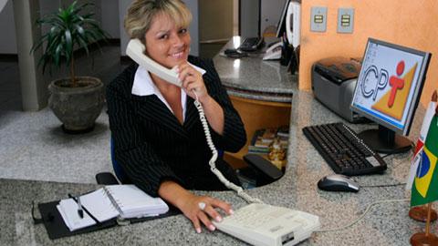 Curso treinamento de secret ria capacita o na empresa for Ministerio de seguridad telefonos internos