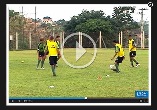 Curso Online Futebol - Estratégias com Jogadas Adaptadas no Campo ... 130af78387060